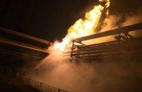 На Авдіївському коксохімі після обстрілу горить газопровід