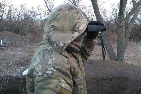 З початку доби на Донбасі поранено одного військового