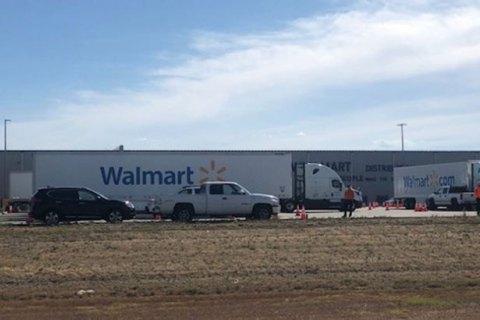 В Калифорнии произошла стрельба на складе Walmart, погибли двое человек