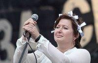 Мужа известной российской журналистки и оппозиционерки выпустили на свободу
