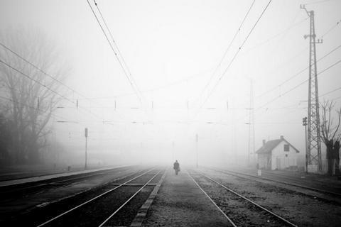 В Киевской области поезд сбил насмерть двух человек