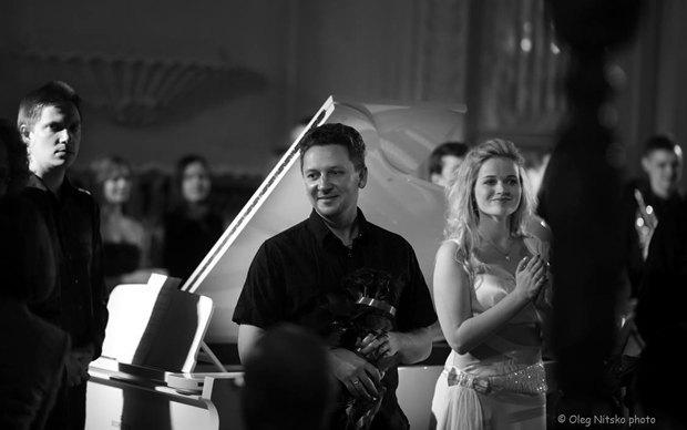 Алексей Шмурак(слева) и Максим Коломиец(правее). Концерт музики Максима Коломийца и Йоханнеса Шёлльхорна