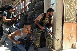 Власти Триполи ввели в городе чрезвычайное положение