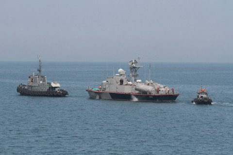 Захваченных в плен украинских моряков вывезли в Москву, - постпред президента в Крыму (обновлено)