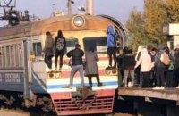 """""""Киевпастранс"""" и УЗ обвинили друг друга в сбое работы городской электрички"""