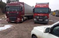 В Житомирской области начали блокировать российские фуры