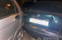 В Николаеве трое воров, убегая от полиции, повредили четыре автомобиля