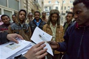 Власти Израиля предложили беженцам из Африки покинуть страну