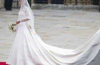 Полторы истории про травму: свадебное платье Кейт Миддлтон