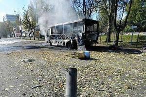 МВД открыло уголовное дело по факту попадания снаряда в маршрутку в Донецке