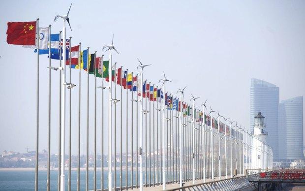 Порту в г Циндао, восточный Китай, 09 марта 2011.