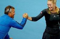 В теннисе продолжаются родственные воссоединения