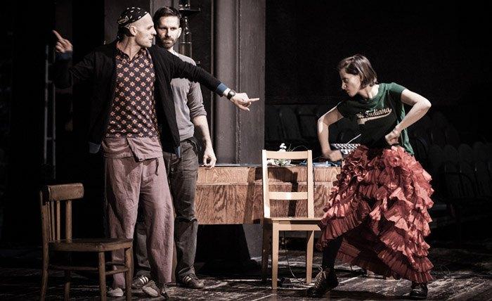 """Вистава за """"Одруженням"""" Гоголя в Театрі Студіо в Польщі"""
