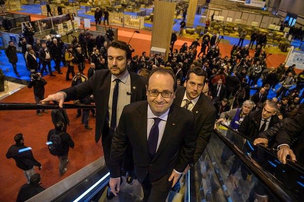 Франсуа Олланд на Міжнародній сільськогосподарській виставці в Парижі
