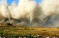 МЧС продолжает бороться с горящей свалкой в Новомосковске