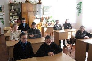 У Луганській області можуть ліквідувати 200 шкіл