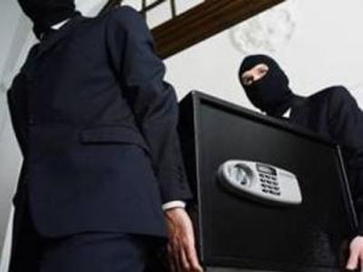 З пункту обміну валют у Львові вкрали сейф із грошима
