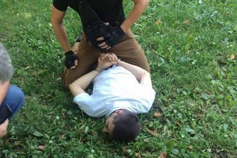 Співробітника прокуратури Київської області затримано під час отримання 104 тис. грн хабара