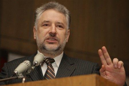 Жебривский предлагает перенести выборы на Донбассе на 2017 год