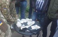 Следователя полиции Кривого Рога задержали на взятке в $10 тыс.