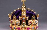 В Британии воссоздали корону Генриха VIII