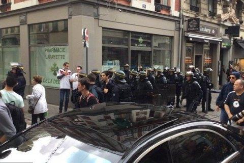 Напавшие на украинских фанов перед матчем Евро-2016 в Лилле говорили по-русски, - депутат