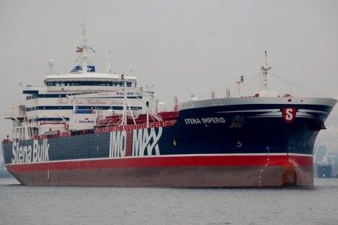 Лондон и Берлин призвали Иран немедленно освободить задержанный в Ормузском проливе танкер