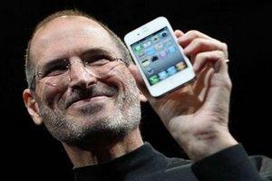 В США начали продавать iPhone 4