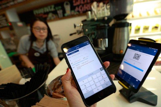 А в Сингапуре в кафе можна рассчитаться криптовалютой