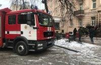 У Києві зайнялася пожежа на кухні кафе