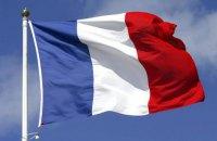 Во Франции из-за сильного ветра на мель сел паром с 300 людьми на борту