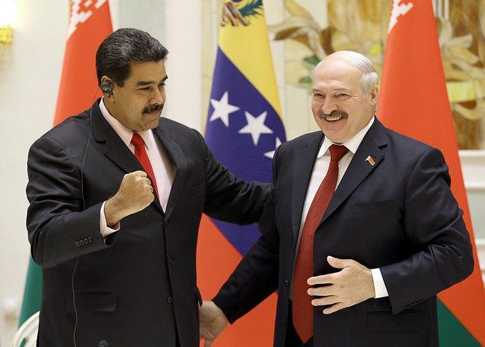 Александр Лукашенко и Николас Мадуро во время встречи в Минске, 05 октября 2017