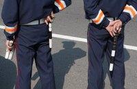 После убийства мэра в Крыму автомобилистов проверяют автоматчики