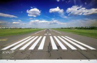 """Аэропорт """"Киев"""" возобновил работу после ремонта взлетно-посадочной полосы"""