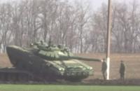 Reuters показало десятки российских танков возле границы с Украиной