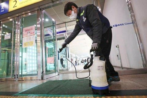В Гонконге выдвинули новую версию распространения коронавируса