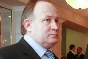 """Кандидат из Луганской области раздавал беременным """"пакеты для родов"""""""