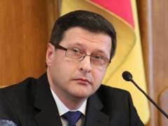 Кировоградский губернатор уходит с должности в армию