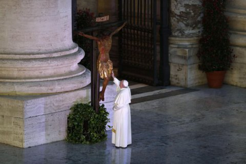 Чи перестав Папа Римський бути «намісником Христа»?