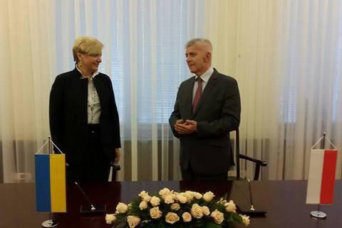 Польша предоставила НБУ 4 млрд злотых