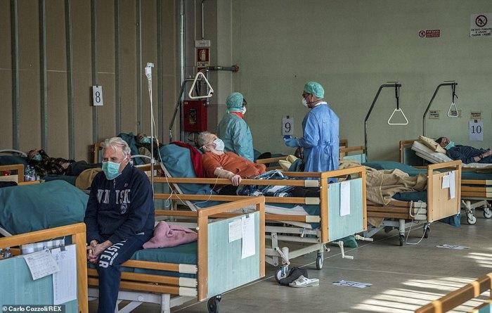 Переполненая больница г.Брешиа, Италия