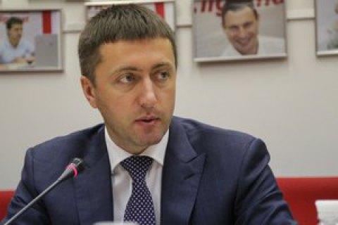Нардеп Лабазюк побився зі співробітником СБУ під час обшуку в Хмельницькому