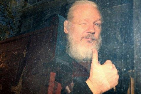 Міністр МВС Великобританії підписав дозвіл на екстрадицію Ассанжа