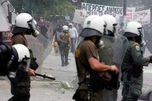 У Греції поліція протестує проти зниження зарплати
