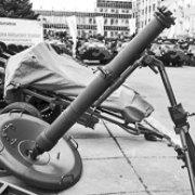 Молот, ковадло і російська рулетка