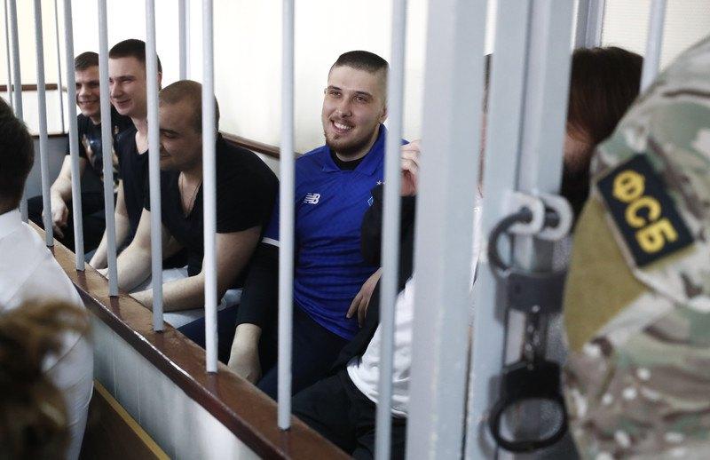 Матроси ВМС України під час судового засідання в Лефортовському районному суді , Москва, 17 липня 2019 р.