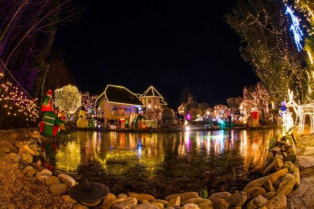 Рождественский городок в городке Бад-Тацмандорф, Австрия