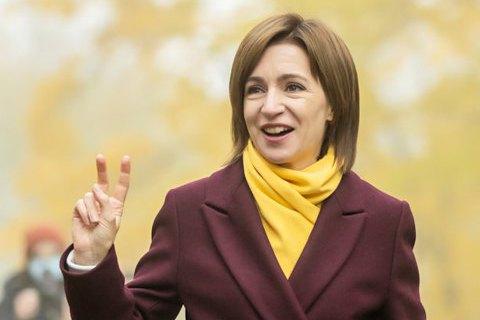 ЦВК Молдови оголосила Санду переможцем президентських виборів