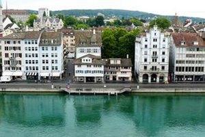 В Швейцарии курильщиков будут направлять на принудительное лечение