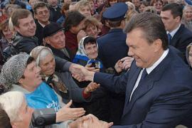 Янукович думает, что украинцы какие-то нездоровые